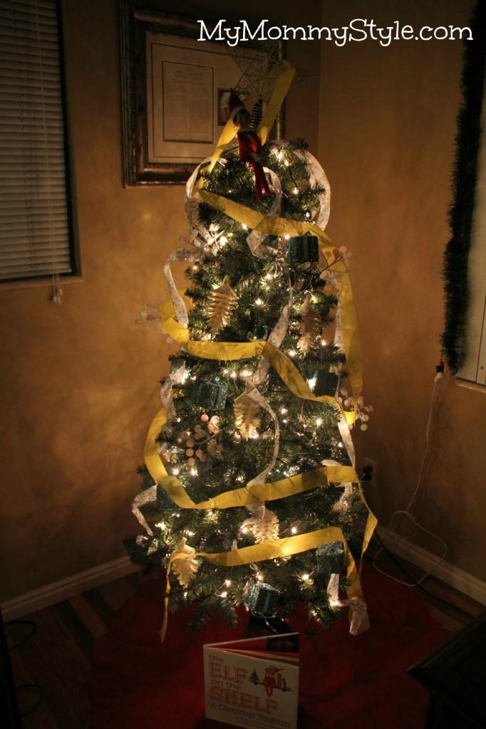 elf on the shelf ideas, christmas traditions, elf on the shelf book