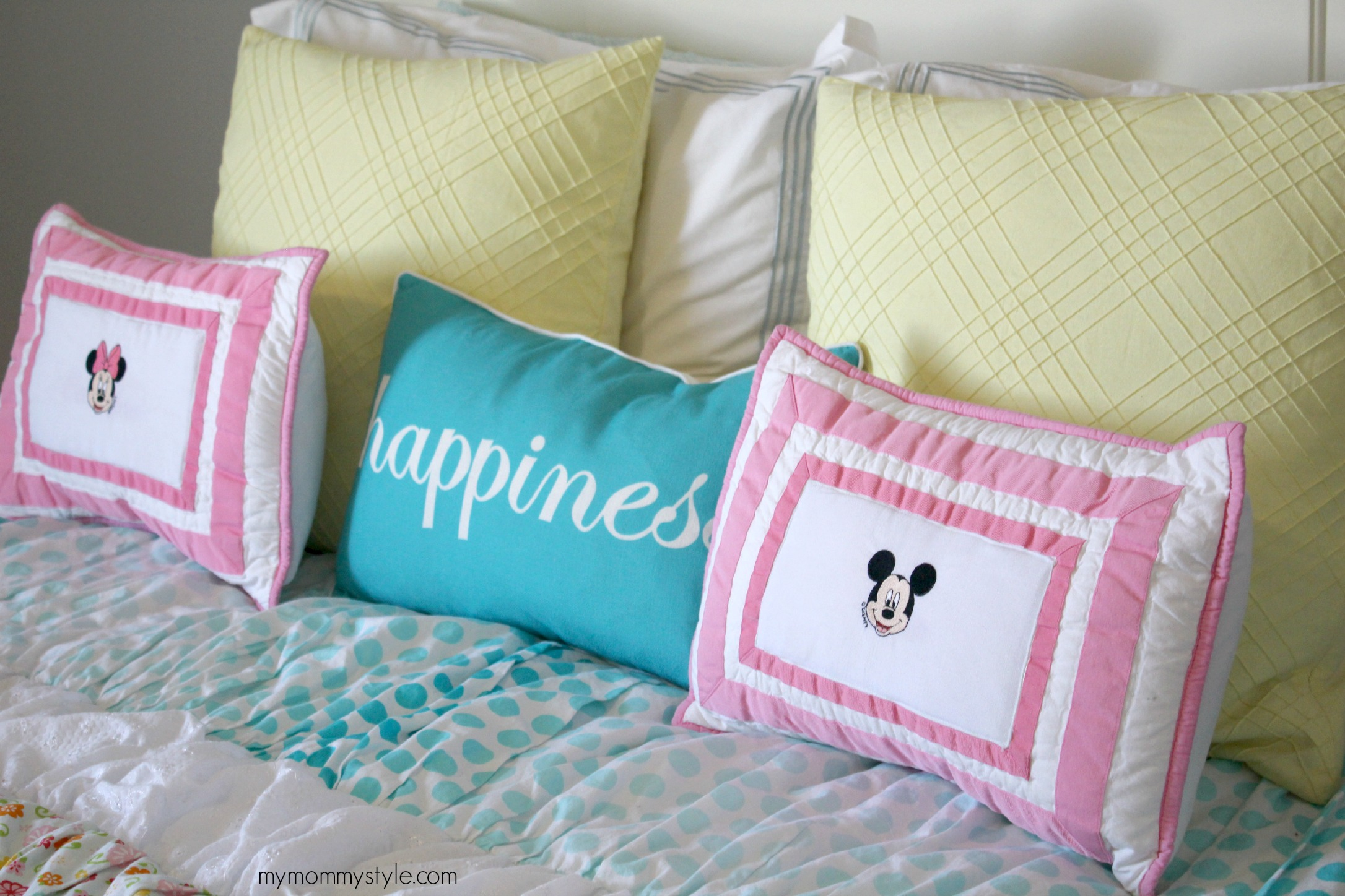Minnie and Mickey Mouse, Mymommystyle.com