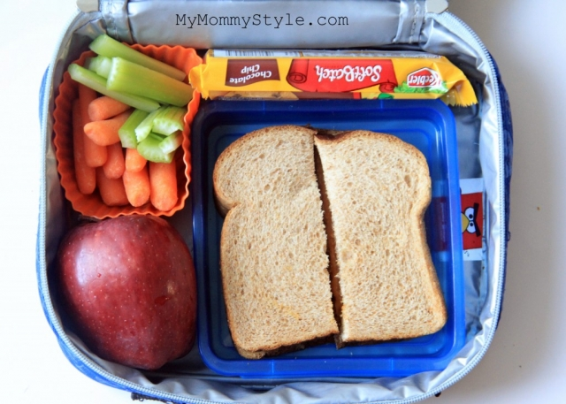 peanut butter sandwich, lunch box ideas, friday treat day
