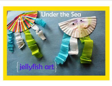 under the sea jellyfish