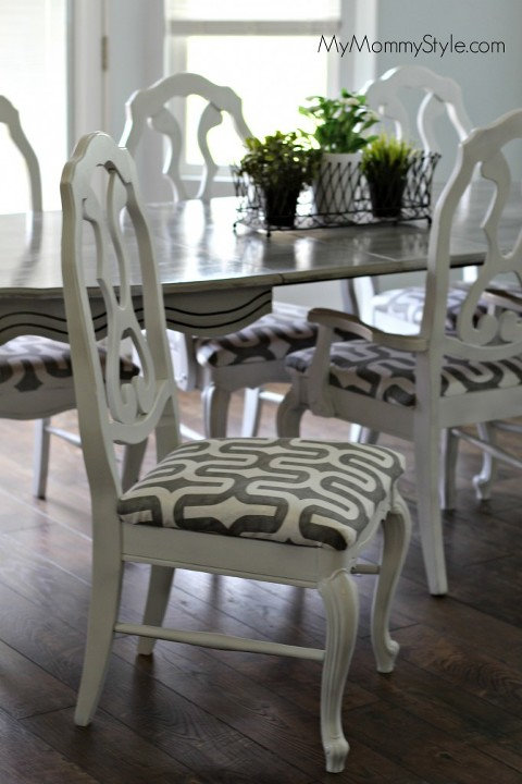 Chair DIY, paint, kitchen chairs, modern kitchen, mymommystyle, chairs, paint