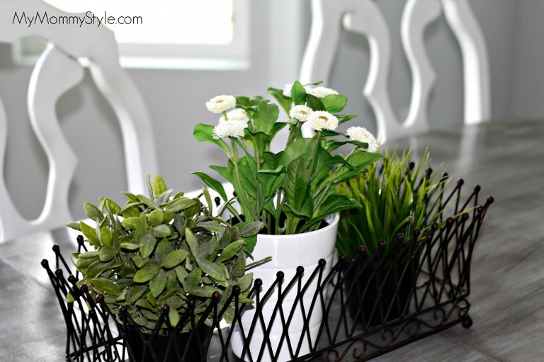 table diy, paint, kitchen table decor, ikea, mymommystyle.com, camille walker