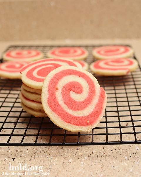 valentines pinwheel cookies