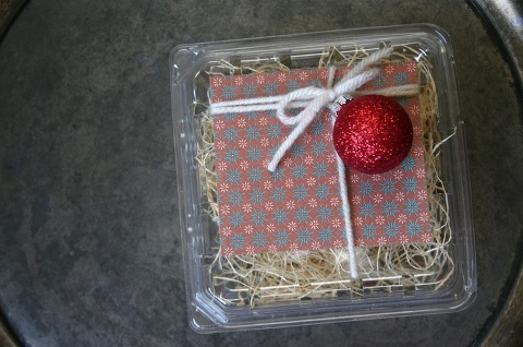 recycled berry container gift box
