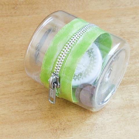 recycled plastic bottle zipper case