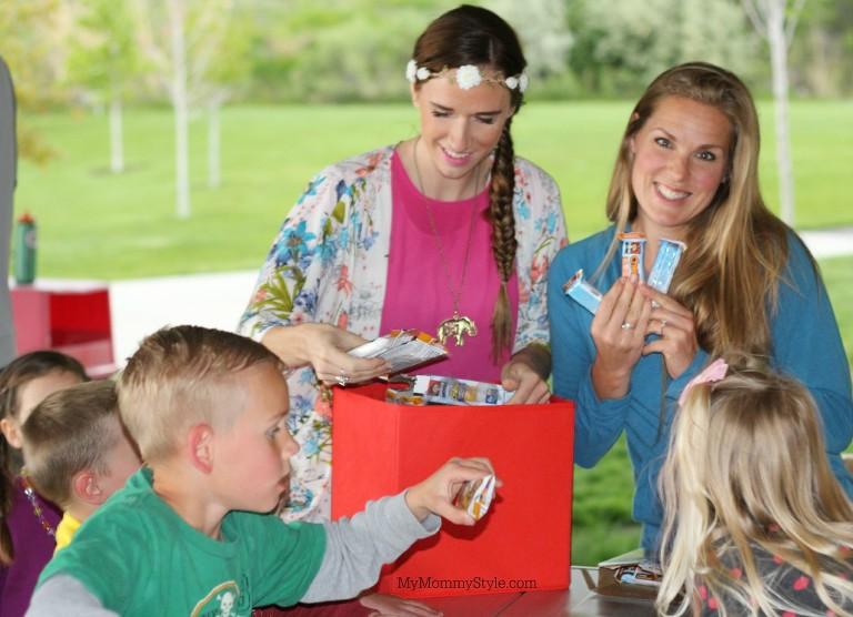 Granola bars, snacks, family play time, my mommy style, family, play, quaker