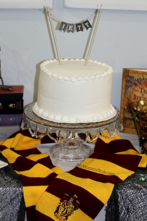 Harry Potter Party, Harry Potter, Table, Houses, MyMommyStyle, Birthday cake