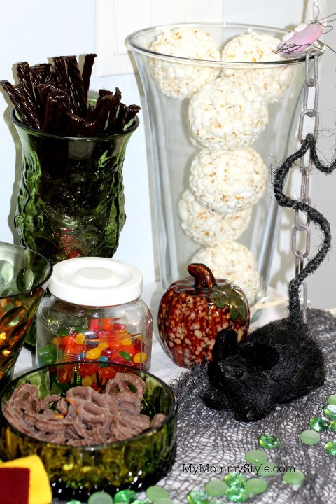 Harry Potter Party, Harry Potter, Table, Houses, MyMommyStyle., treats