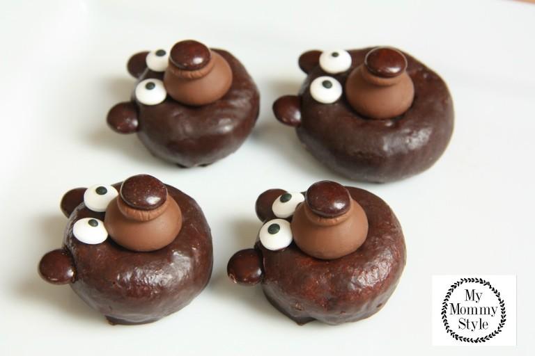 Chocolate donut bears