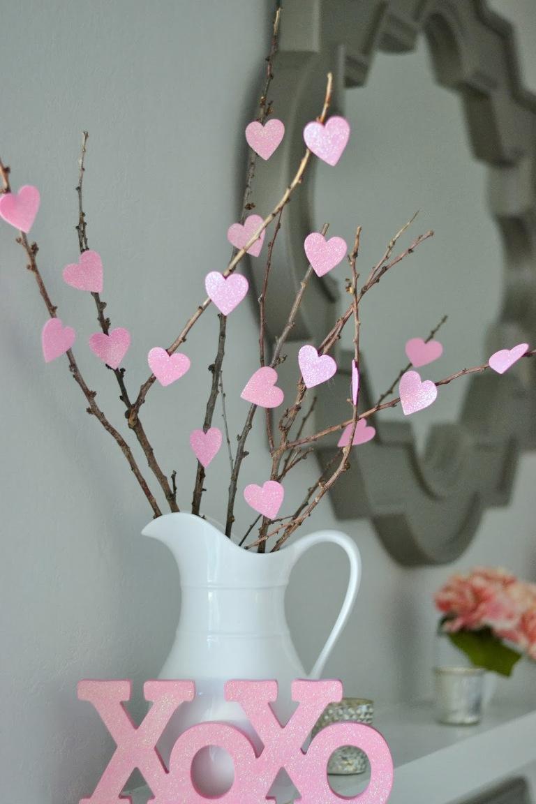 Valentine's Decorations - DIY heart tree