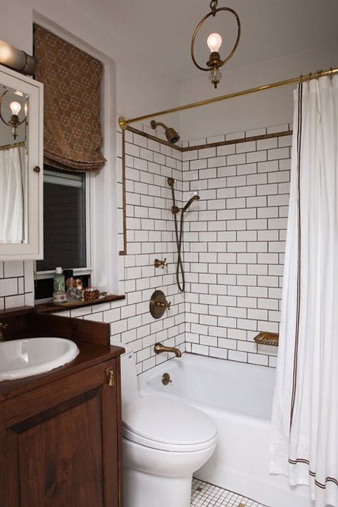 White and gold bathroom design