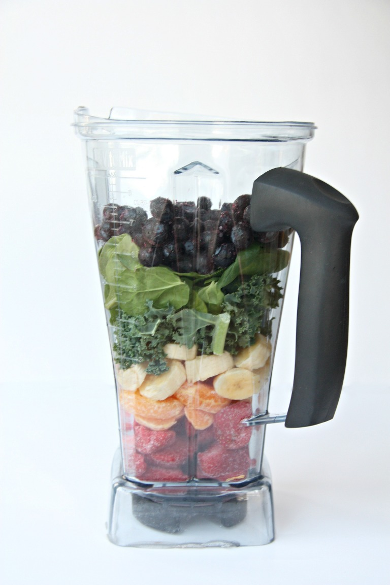 Rainbow smoothie blender