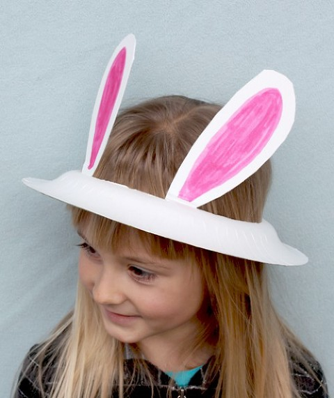 Paper plate bunny hat