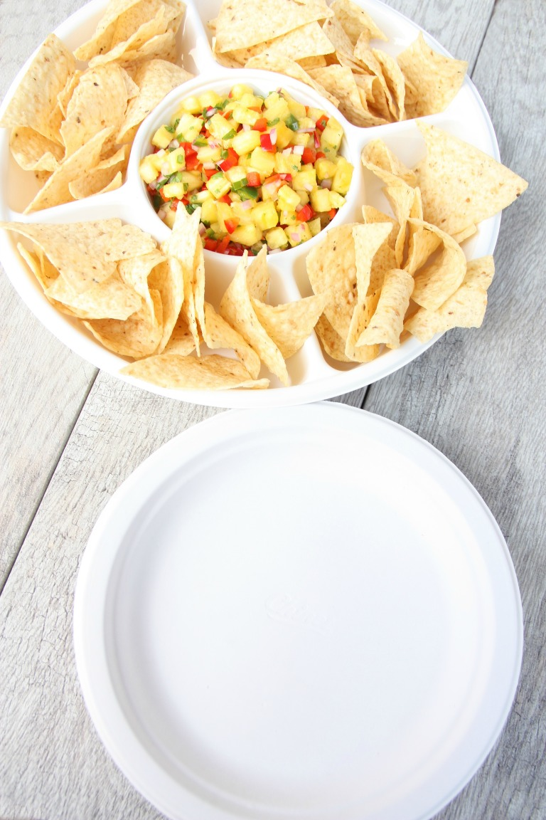 pineapple salsa with chinet