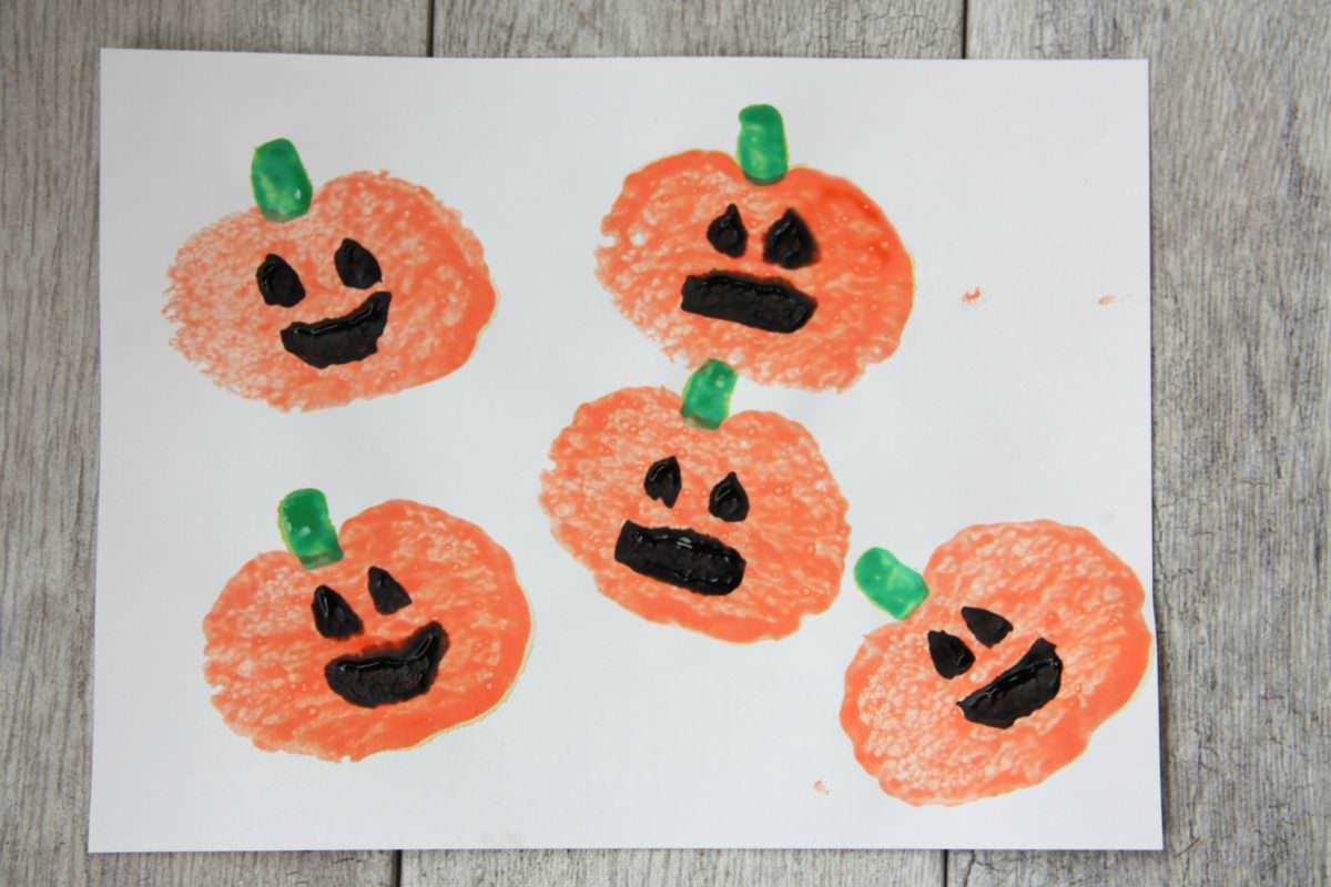 Sponge Stamp Pumpkins