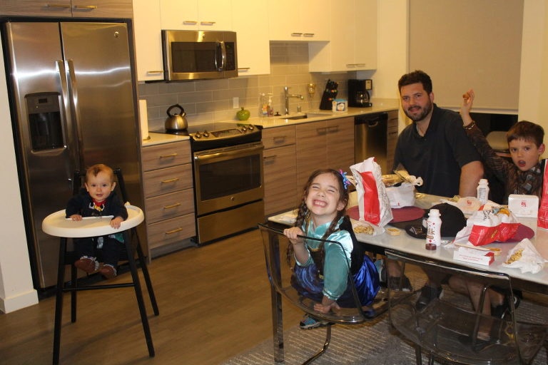 AirBNB, Anaheim, California, Disneyland, Save Money on Traveling as a large family with AirBNB