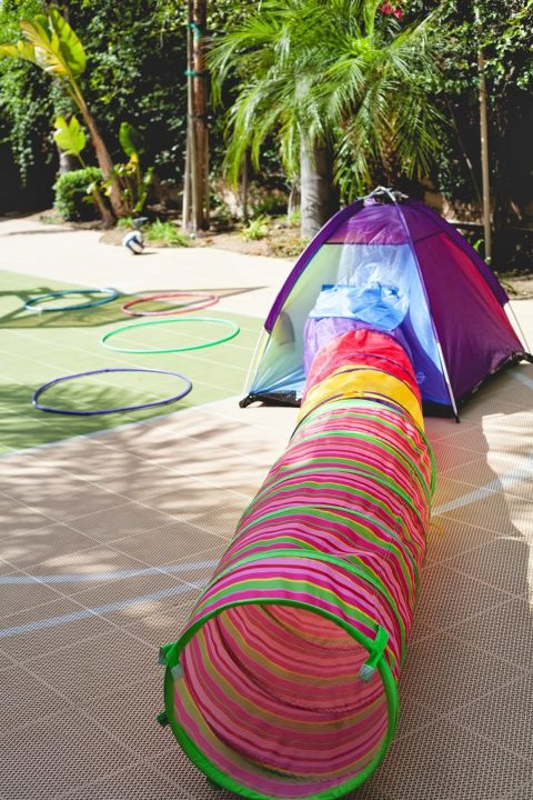 Tent with tunnel for Star Wars party