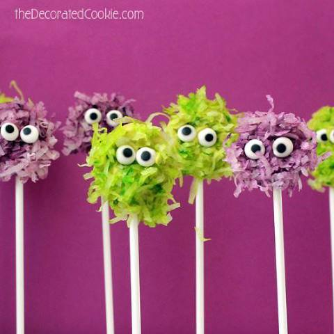Fuzzy chocolate monster pops