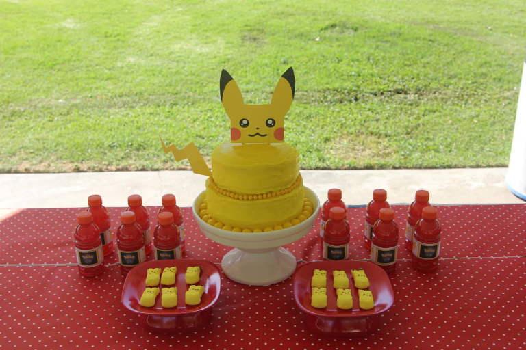 Pokemon Party Table