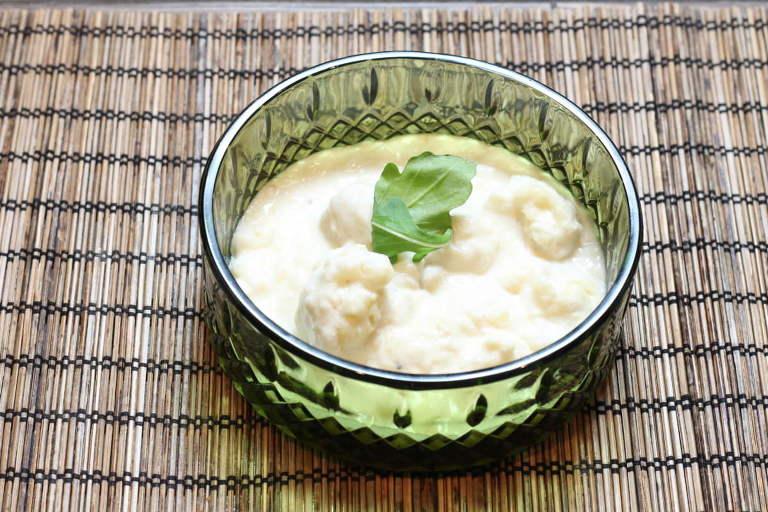 Cauliflower with Cream Sauce