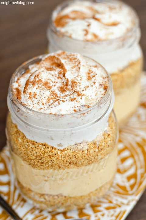 layered pumpkin cheesecake in a jar.