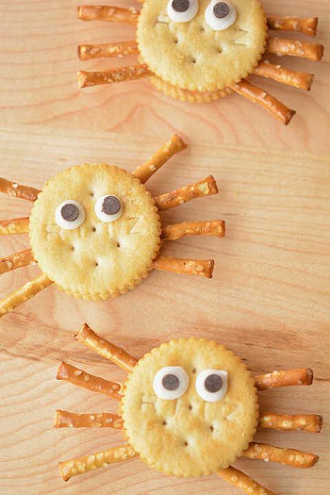 ritz spider crackers