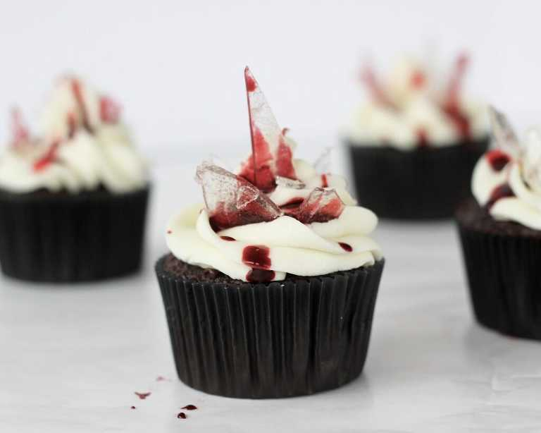 20 Creepy and Fun Halloween Cupcakes