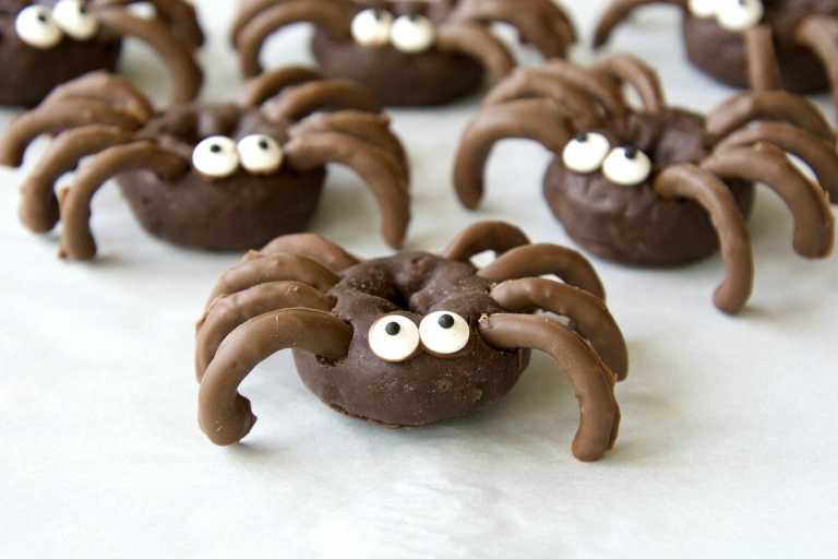 Chocolate Spider Halloween Donuts