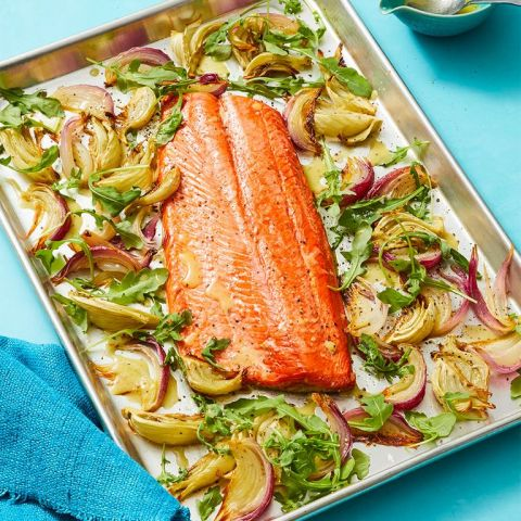 Heart Healthy Recipes of Oven-Roasted Salmon with grilled vegetables.