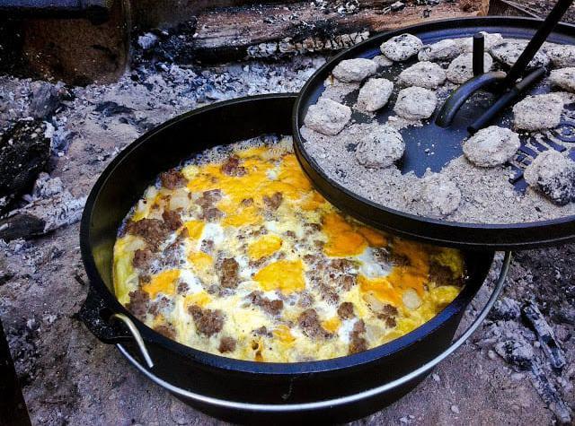breakfast casserole in the dutch oven